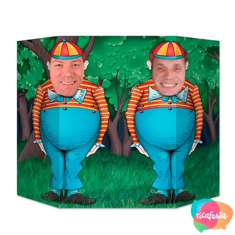 Painel os gêmeos Alice no País das Maravilhas Rica Festa