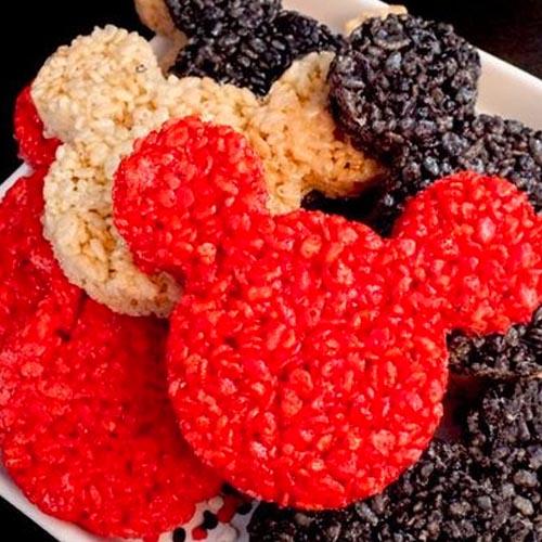 Biscoitos de cereal em formato de mickey