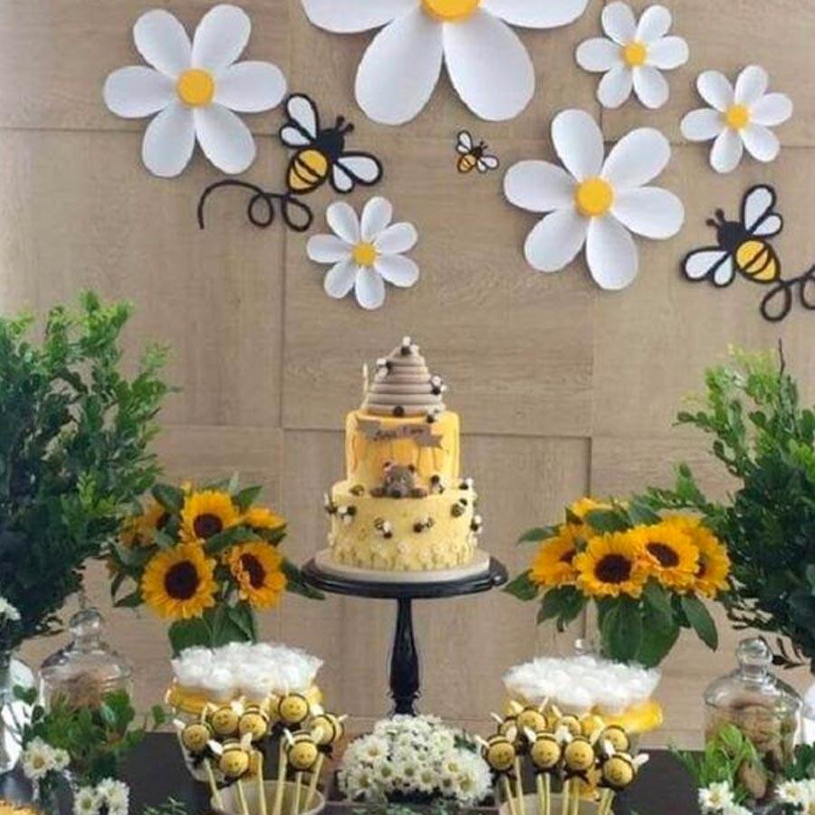 Festa abelhinha mesa de doces - Rica Festa